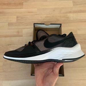 Nike Jordan Air Zoom 85 Runner size 10